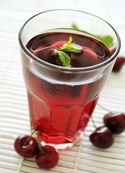 Ways To Cure Gout - Cherry Juice & Diet